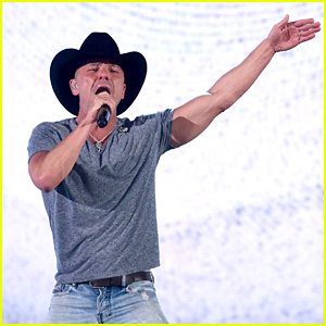 Kenny Chesney's ACM Awards 2016 Performance Video - Watch Now!
