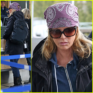 Kim Basinger Flies Out of Vancouver After 'Fifty Shades' Filming