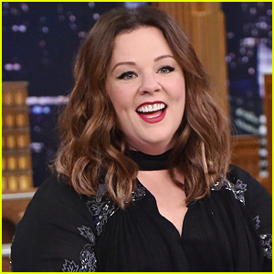 'Gilmore Girls' Showrunner Reveals Why She Didn't Officially Ask Melissa McCarthy Back
