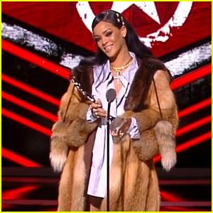 Rihanna Gives Heartfelt Black Girls Rock! Acceptance Speech - Watch Now!