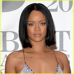 Rihanna Spends Ninth Week at Number One with 'Work'