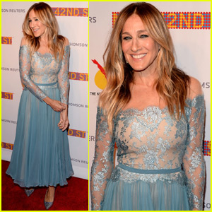 Sarah Jessica Parker Celebrates The New 42nd Street's 25th Anniversary