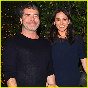 Simon Cowell Dines with His Girlfriend After 'Idol' Finale