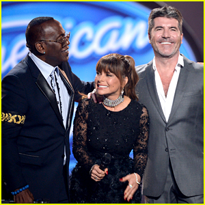 Simon Cowell, Paula Abdul, & Randy Jackson Reunite at 'American Idol' Finale! (Video)