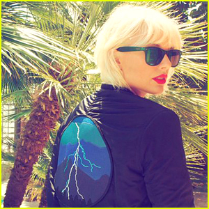 Taylor Swift Debuts Bleached Blonde Hair For Coachella 2016 2016 Coachella Music Festival Coachella Taylor Swift Just Jared
