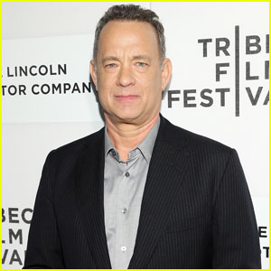 Tom Hanks Premieres 'A Hologram For The King' at Tribeca