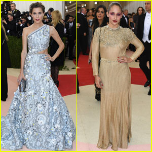 Allison Williams & Jemima Kirke Are Gorgeous Met Gala 'Girls'