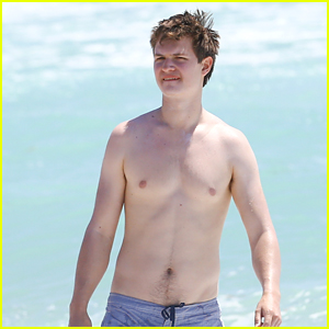 Ansel Elgort Jets to Miami for Some Sand & Sun
