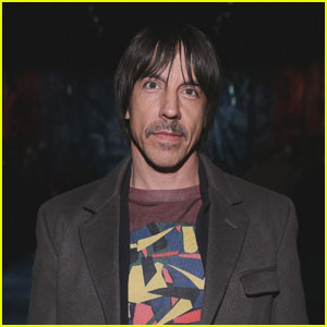 Red Hot Chili Peppers Singer Anthony Kiedis Hospitalized