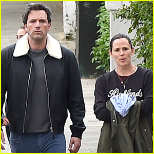 Ben Affleck & Jennifer Garner Have Family Dinner in London