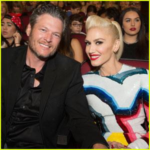 Blake Shelton Cheers on Gwen Stefani at Radio Disney Music Awards 2016