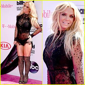 Britney Spears Skips Pants, Looks Fierce at Billboard Music Awards 2016