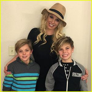 Britney Spears Writes Heartfelt Note to Sean Preston & Jayden James