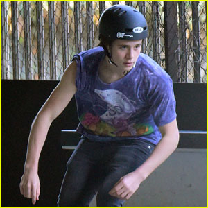 Brooklyn Beckham Tries Up Some New Tricks at the Skate Park