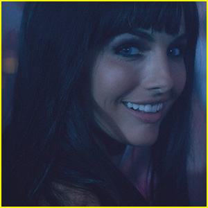 Camilla Belle Shows Off an Accent in 'Sundown' Exclusive Clip - Watch Now!
