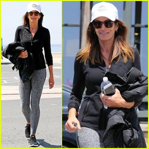 Cindy Crawford Goes on a Malibu Morning Walk