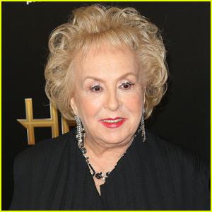 Doris Roberts Had a Stroke Before She Passed Away