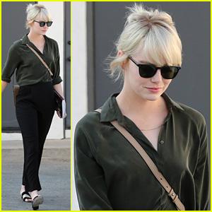 Emma Stone Shows Off Her New Platinum Blonde Hair