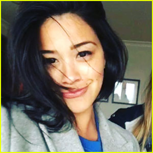 Gina Rodriguez Shows Off New Short Hair on Instagram