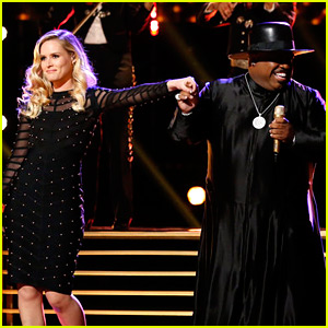 Hannah Huston Performs 'Crazy' with Cee Lo Green on 'The Voice' Finale (Video)