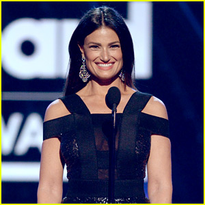 Idina Menzel Reacts to Campaign for Elsa to Get a Girlfriend