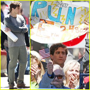 Jake Gyllenhaal Films 'Stronger' Scenes With a Sign at Boston Marathon Finish Line