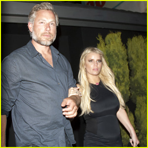 Jessica Simpson & Eric Johnson Have a Date Night!