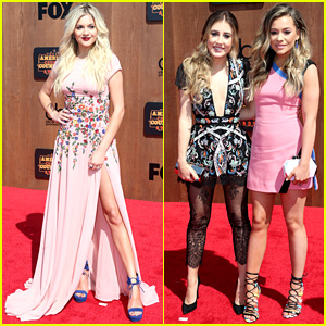 Kelsea Ballerini Stuns at American Country Countdown Awards 2016