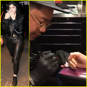 Kylie Jenner Gets Mysterious Finger Tattoo in New York City