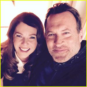 Lauren Graham & Scott Patterson Celebrate 'Gilmore Girls' Wrap with Cute Selfie!