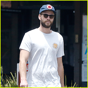 Liam Hemsworth Said America's Cup Competition Was 'Emascualting'