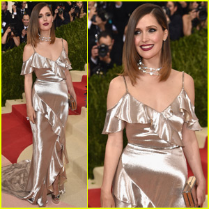 Rose Byrne Shimmers in Gold at the Met Gala 2016