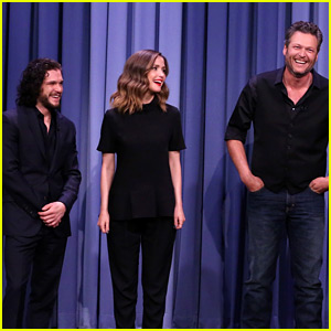 Rose Byrne & Kit Harington Play Charades with Blake Shelton!