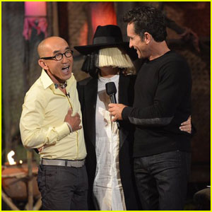 Sia Makes Surprise Appearance at 'Survivor' Finale (Video)