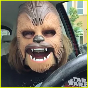 This Woman's Chewbacca Mask Made Her Laugh Hysterically!