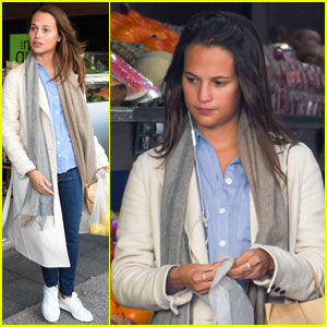 Alicia Vikander Keeps a Low Profile While Shopping in Sydney