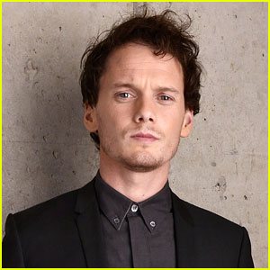 Anton Yelchin Died Within One Minute of Tragic Car Accident