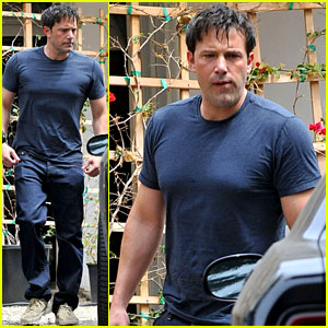 Ben Affleck Shows Off His Buff Batman Body in Tight T-Shirt