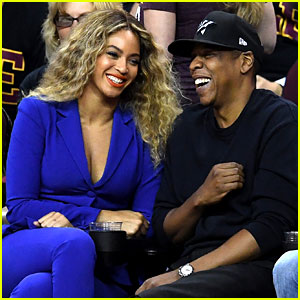 Beyonce & Jay Z Are Cute Courtside Couple at NBA Finals!