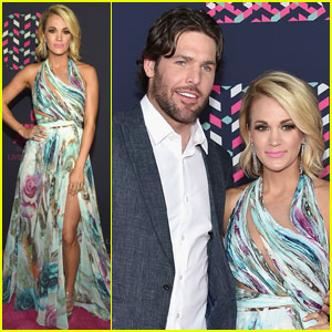 Carrie Underwood Goes for Some Color at CMT Awards 2016