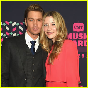 Chad Michael Murray & Sarah Roemer Attend CMT Awards 2016
