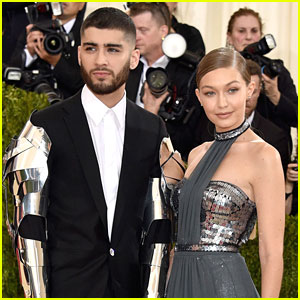 Gigi Hadid Writes Sweet Note To Zayn Malik After He Cancelled His Concert