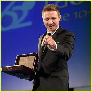 Jeremy Renner Honored at Taormina Film Festival 2016