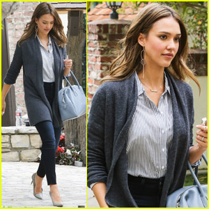 Jessica Alba Has A Date Night With Cash Warren