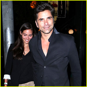 John Stamos Joins 'Scream Queens,' Goes On Date with Girlfriend Caitlin McHugh