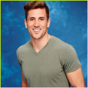 The Bachelorette's Jordan Rodgers Defends Active Dating Profile