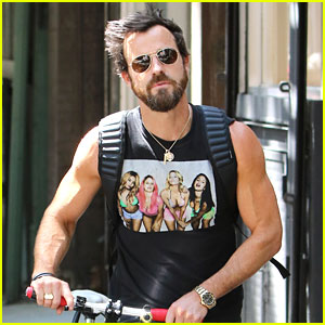 Justin Theroux Wears a 'Spring Breakers' Movie Tank Top!