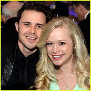 Kris Allen's Wife Gives Birth to Second Child - Baby Girl Rose!