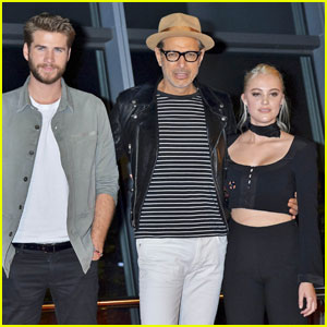 Liam Hemsworth Has a 'Friends With Benefits' Relationship