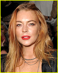 Lindsay Lohan Visits 'Parent Trap' House in London